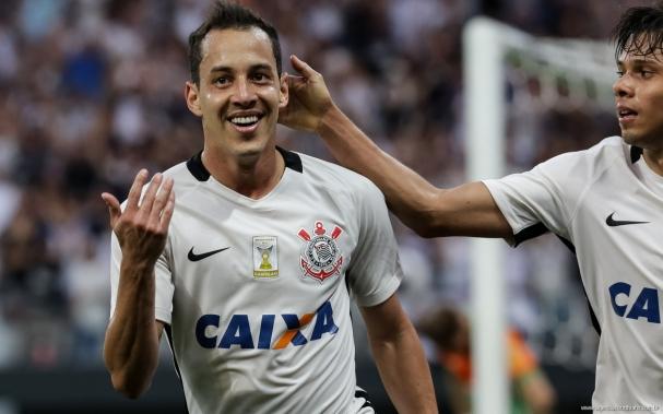 Potiguar Rodriguinho é pela segunda vez campeão brasileiro (Foto  Torcida  Corinthians) d0f5266462b36