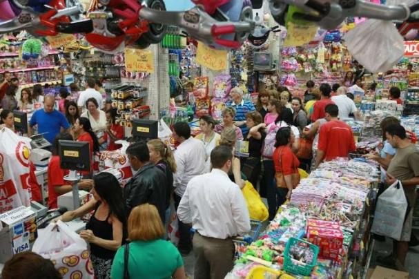 O aumento do ritmo de crescimento das vendas do Natal em 2017 segue a  tendência das demais datas comemorativas deste ano e5ffe7111e
