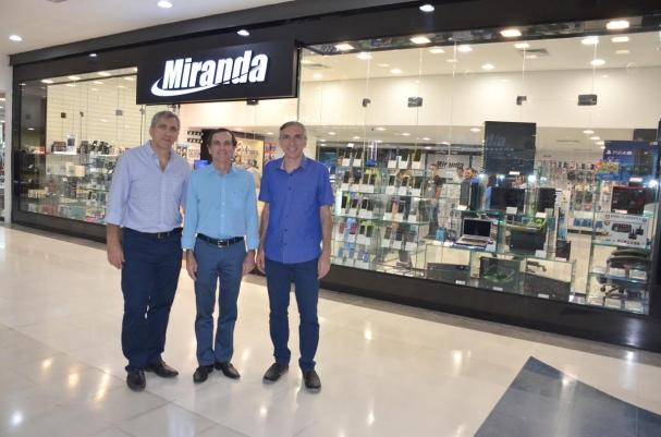 4ede0c3cd Irmãos Miranda e nova loja em João Pessoa (Foto: Divulgação)