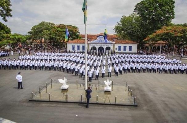 270 vagas para curso de sargento da Aeronáutica em Guaratinguetá (Foto   Diário Catarinense) 411e6b75856