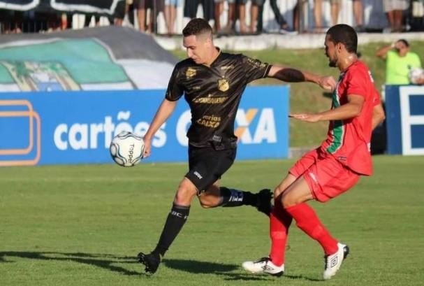 ... o Abc já tinha mostrado recuperação ao golear o Confiança (SE) por 4 a  0 jogando no Frasqueirão. Naquela ocasião c8104909d65ae