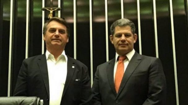 Bolsonaro e Bebiano  confiança abalada (Foto  Diário do Poder) cfe2fa6eac40c