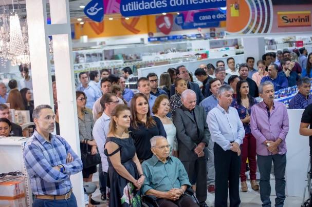 892e98bfcb1c8 Inauguração da moderna loja mostra integração da família do Armazém Pará